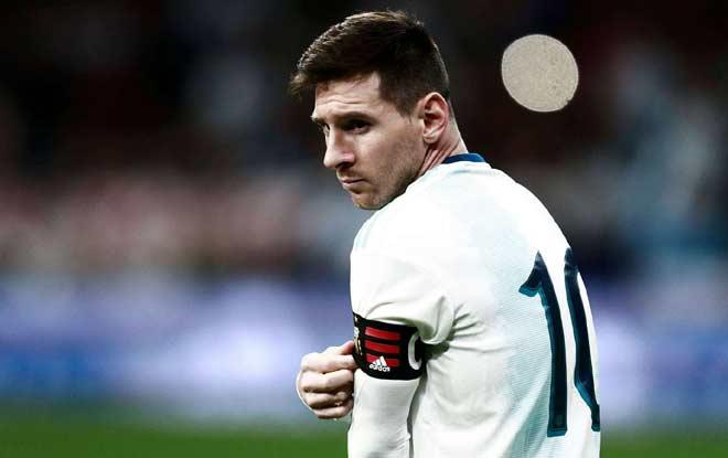 Messi tuyên bố: Làm gì có thời gian mà than phiền? - Hình 1