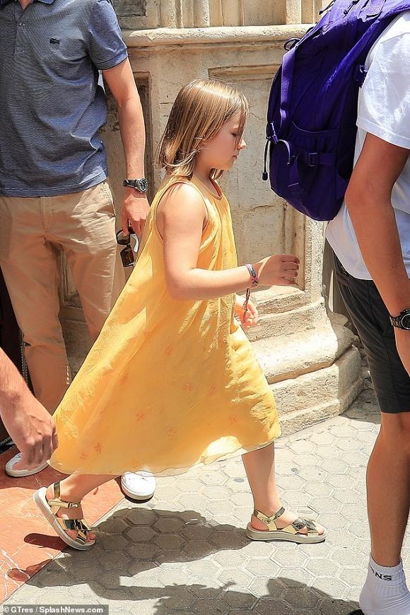 Ông bố tuyệt phẩm David Beckham được công chúa Harper ôm chặt trong Ngày của cha - Hình 3