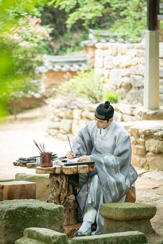 Rookie Historian Goo Hae Ryung phát hành hình ảnh của hoàng tử điển trai Cha Eun Woo và xác nhận ngày lên sóng - Hình 2