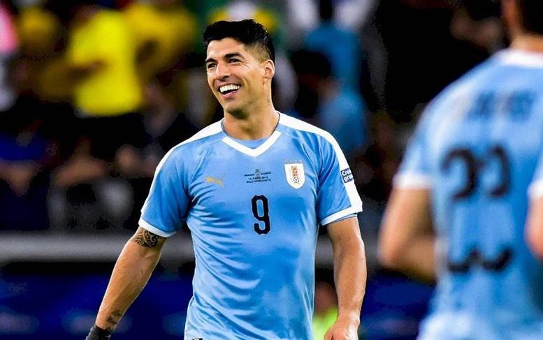 Song sát lập công, Uruguay vùi dập Ecuador 4-0 - Hình 4