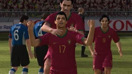 Tạm biệt thương hiệu Pro Evolution Soccer, cùng nhìn lại những bản PES hay nhất trong lịch sử (P2) - Hình 2