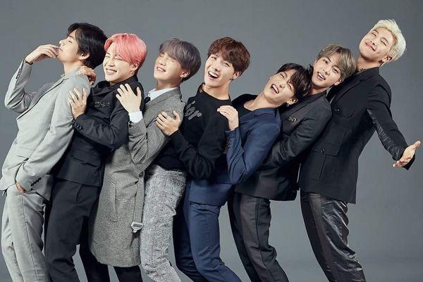 Fan meeting BTS tại Busan: Lộ diện sân khấu Fire phiên bản nhắng nhít đến từ anh cả Jin - Hình 2