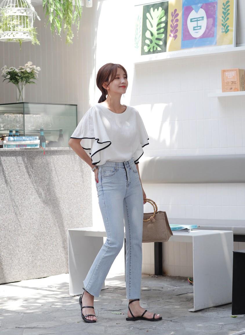 Hè 2019 rồi, nàng công sở hãy cập nhật cho tủ đồ 5 items chuẩn trendy sau để luôn được ngợi khen về phong cách - Hình 14