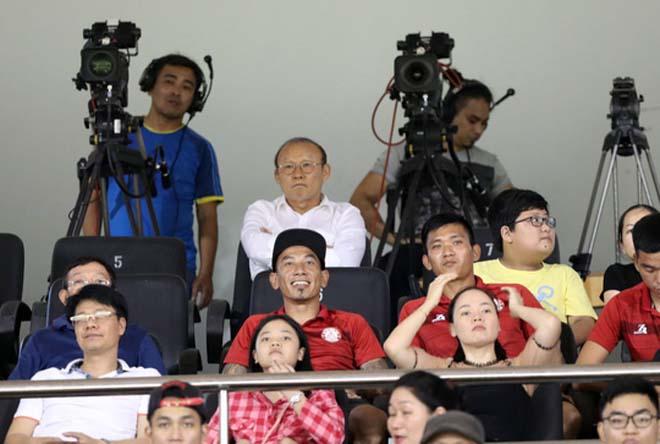 HLV Park Hang-seo chỉ ra người duy nhất của CLB TP HCM có thể đá SEA Games - Hình 1