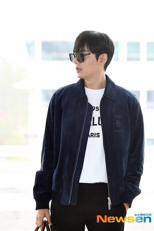 Lee Min Ho ra sân bay thôi mà quá sức bảnh bao, nhưng không giấu nổi sự tăng cân và bờ môi khô nứt nẻ - Hình 4