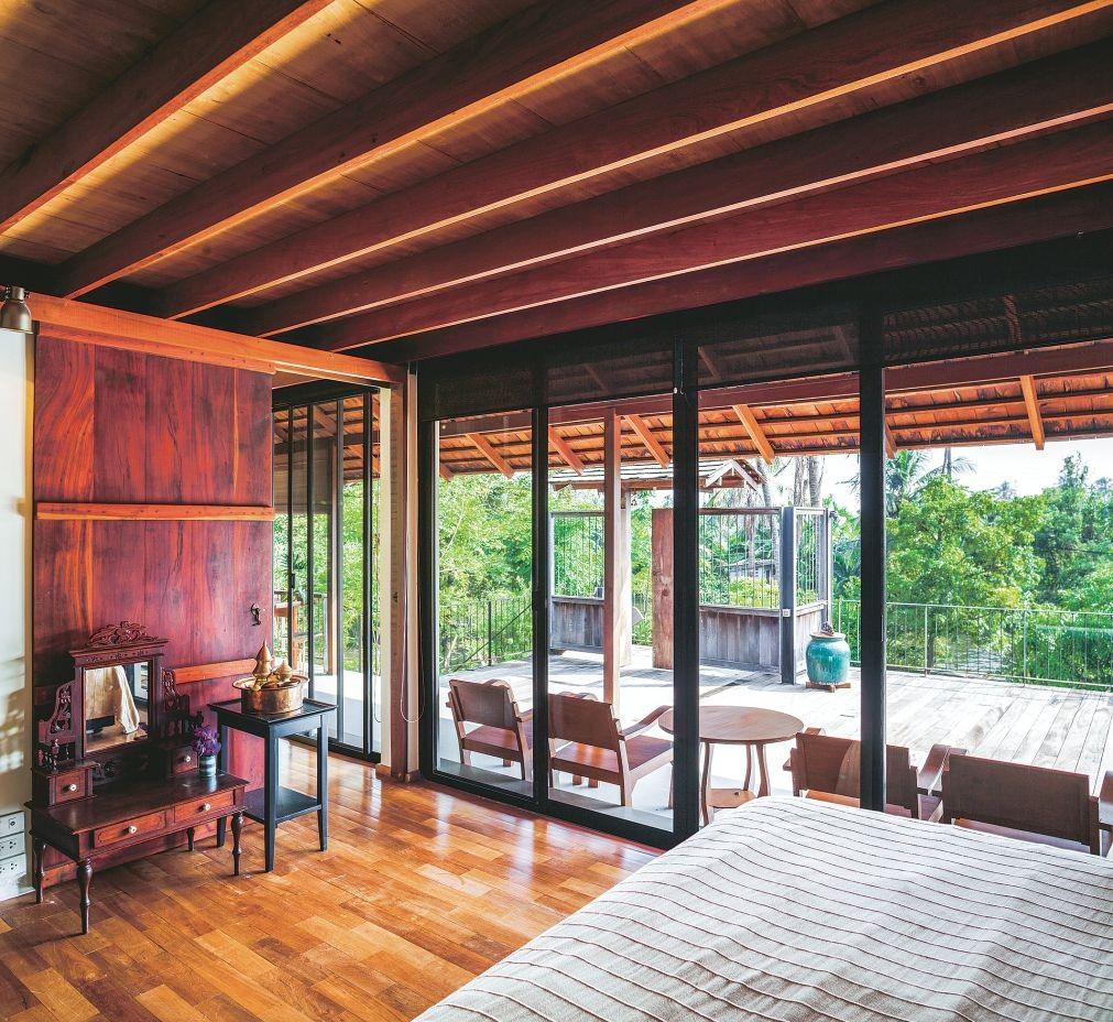 Ngôi nhà gỗ bất chấp nắng nóng, chỉ có gió mát và ánh sáng ngập tràn - Hình 9