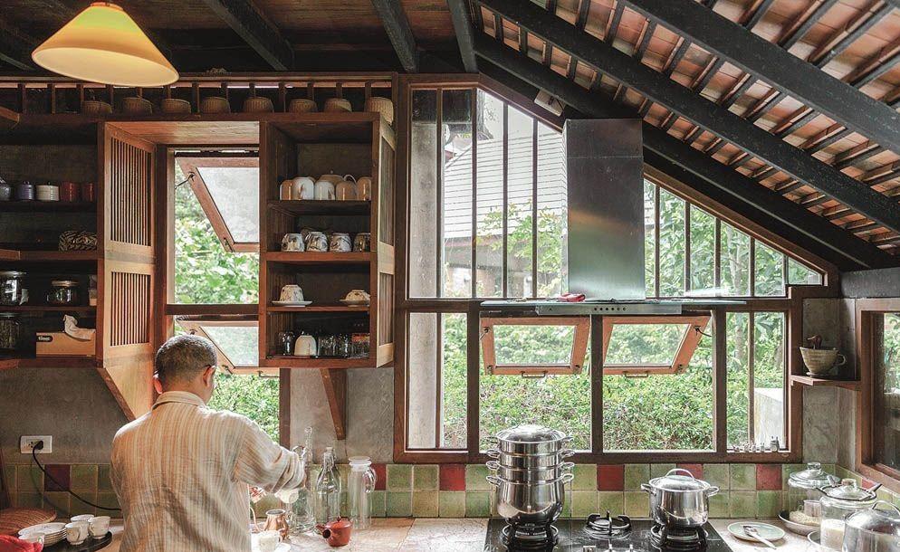 Ngôi nhà gỗ bất chấp nắng nóng, chỉ có gió mát và ánh sáng ngập tràn - Hình 11