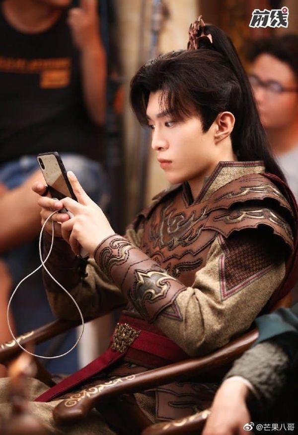 Tạo hình cổ trang mới nhất của Phạm Thừa Thừa trong phim Linh vực được tiết lộ - Hình 1