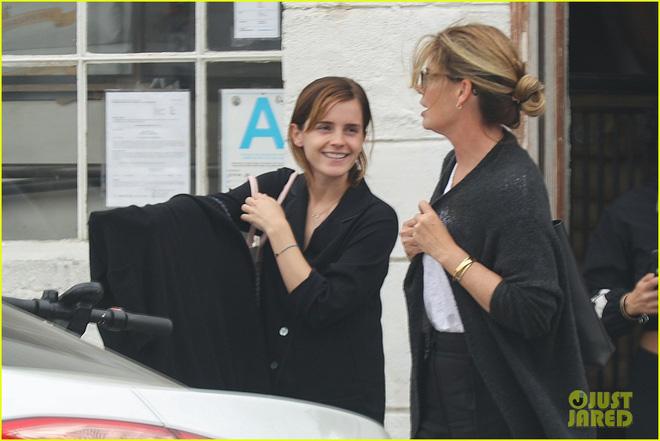 Thần sắc đẹp đã độ lại Emma Watson: Bỗng trở về thời xưa, để mặt mộc thôi mà cũng có thể gây bất ngờ - Hình 2