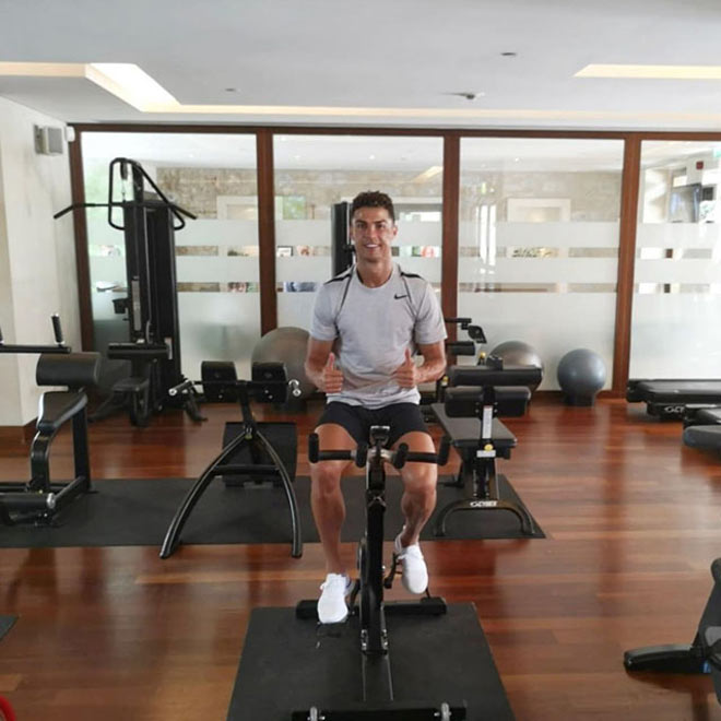 Tin HOT bóng đá sáng 18/6: Kinh ngạc về sức khỏe Ronaldo - Hình 1
