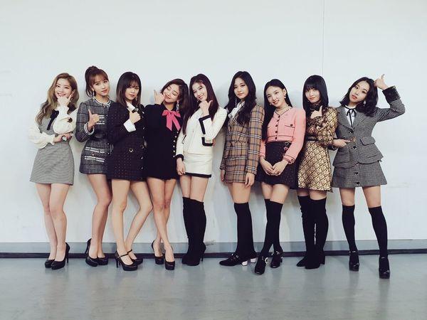 Vượt qua BlackPink, Fancy của Twice tiếp tục làm nên chuyện khi phá kỉ lục trên BXH Melon 2019 - Hình 3