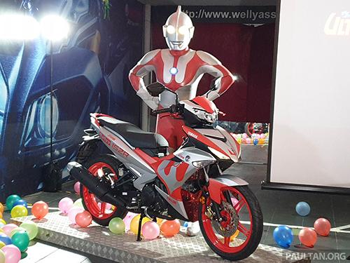 Yamaha Y15ZR Ultraman Limited - phiên bản siêu nhân giá 3.000 USD - Hình 1