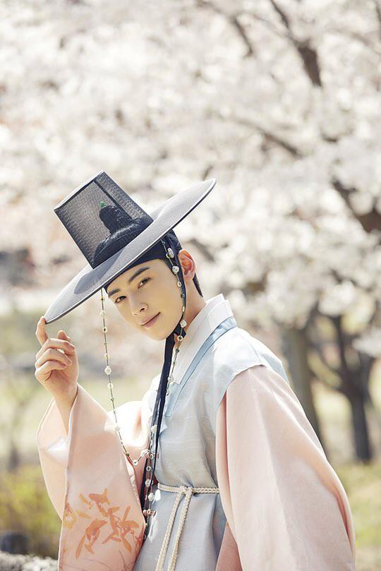 6 tạo hình cổ trang của idol đẹp nức lòng: V (BTS) và D.O. (EXO) khiến fan há hốc vì quá xuất thần! - Hình 20