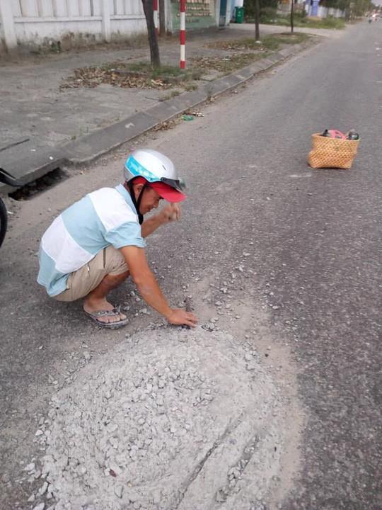 Anh thợ đá đục mảng bê tông trên Quốc lộ 1 được tặng Giấy khen - Hình 3
