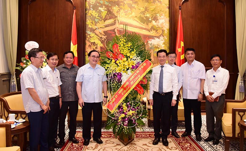 Bí thư Thành ủy Hoàng Trung Hải: Mong báo chí T.Ư luôn đồng hành để xây dựng Thủ đô - Hình 2