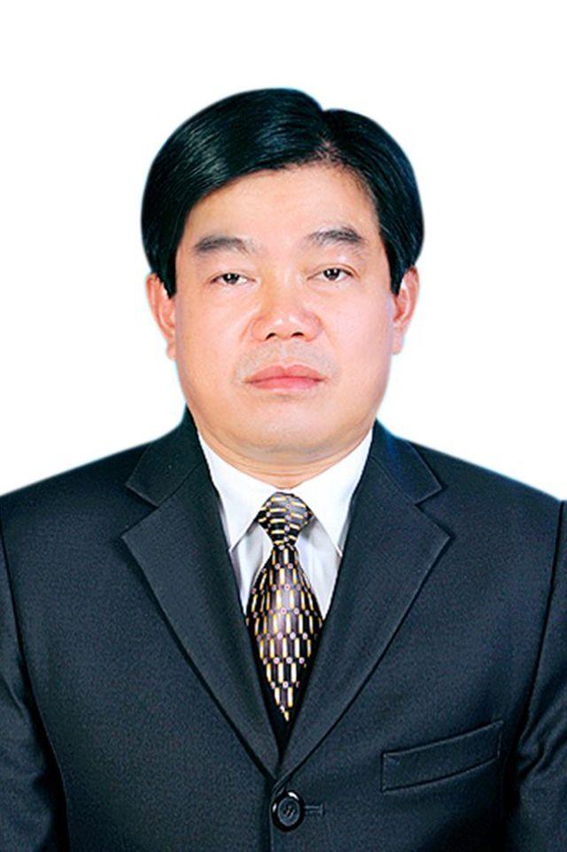 Cách mọi chức vụ trong Đảng đối với Giám đốc Sở GD-ĐT Sơn La - Hình 1