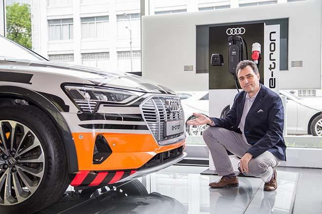 Chiêm ngưỡng hình ảnh của SUV chạy điện Audi E-tron đầu tiên tại Việt Nam - Hình 15