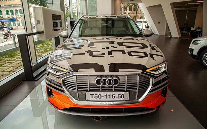 Chiêm ngưỡng hình ảnh của SUV chạy điện Audi E-tron đầu tiên tại Việt Nam - Hình 14