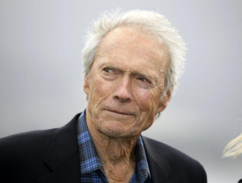 Clint Eastwood chọn Paul Walter Hauser và Sam Rockwell vào phim mới - Hình 1