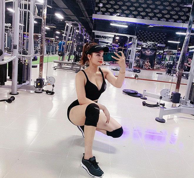 Dàn gái xinh bước ra từ phòng gym: Không có body bốc lửa nhất chỉ có bốc lửa hơn - Hình 11