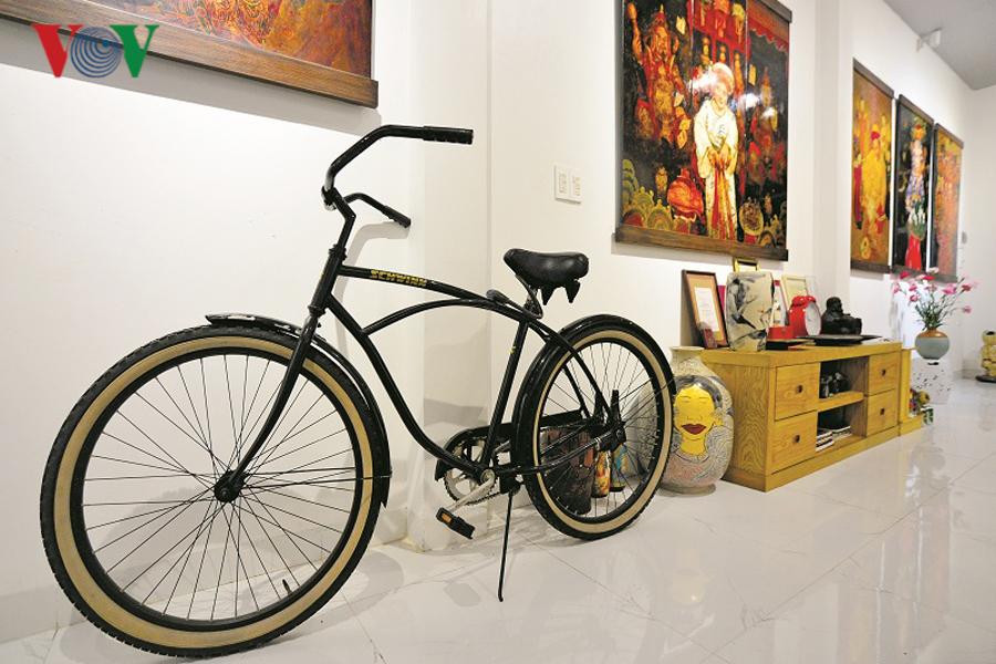 Gallery nghệ thuật trong ngôi nhà phố - Hình 2