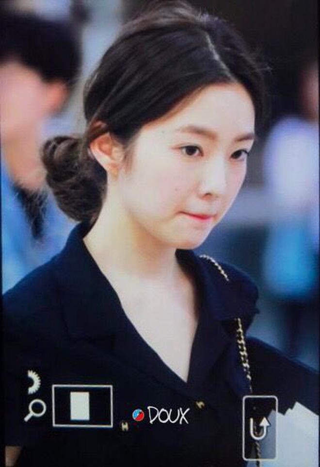 Irene là minh chứng cho thấy kỹ nghệ makeup Hàn rất đỉnh: đánh nền dày cộp che nốt ruồi mà vẫn siêu tự nhiên - Hình 7