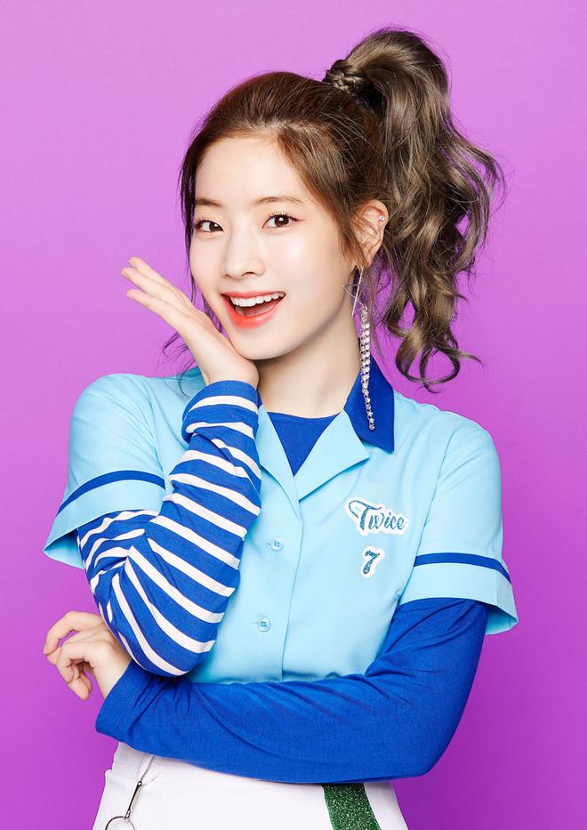 Loạt idol Kpop gây bão nhờ tóc vàng bạch kim: Người vịt hóa thiên nga, lên hẳn top trend, kẻ tuột dốc không phanh - Hình 31