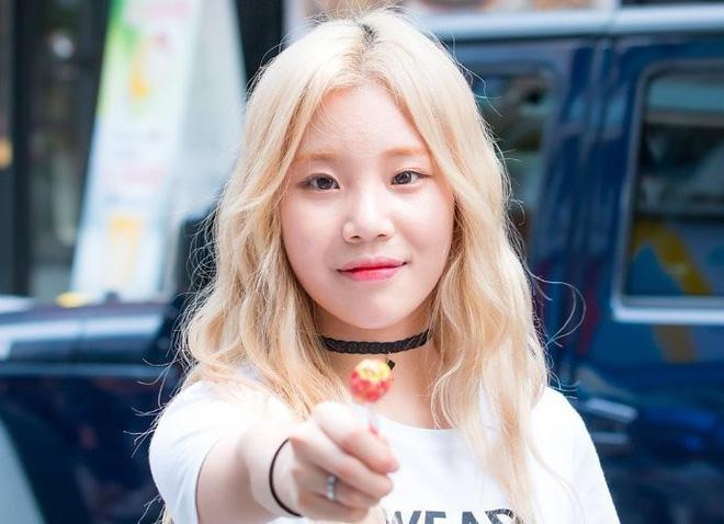 Loạt idol Kpop gây bão nhờ tóc vàng bạch kim: Người vịt hóa thiên nga, lên hẳn top trend, kẻ tuột dốc không phanh - Hình 28