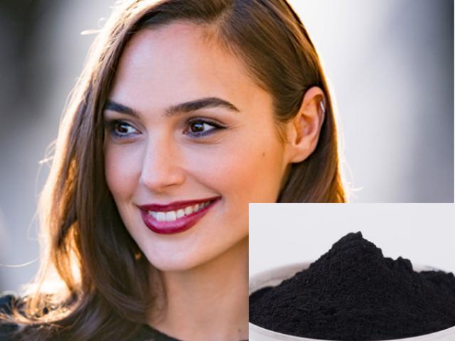 Mua cục đen xì giá 2 ngàn đồng ở hàng thuốc để răng trắng tinh tại nhà - Hình 1