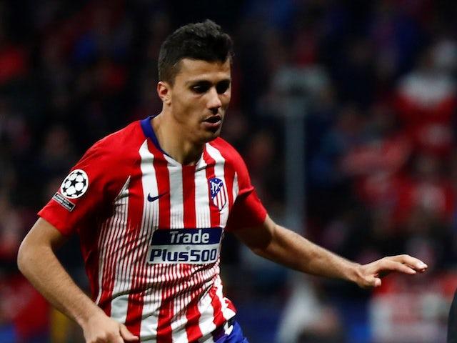 Mục tiêu số 1 của Man City đệ đơn xin rời Atletico - Hình 1