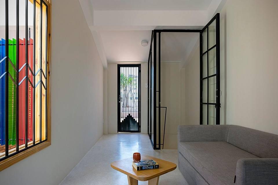 Ngôi nhà ống sở hữu thiết kế nhà trong nhà cực độc đáo ở thành phố đáng sống nhất Việt Nam - Hình 26