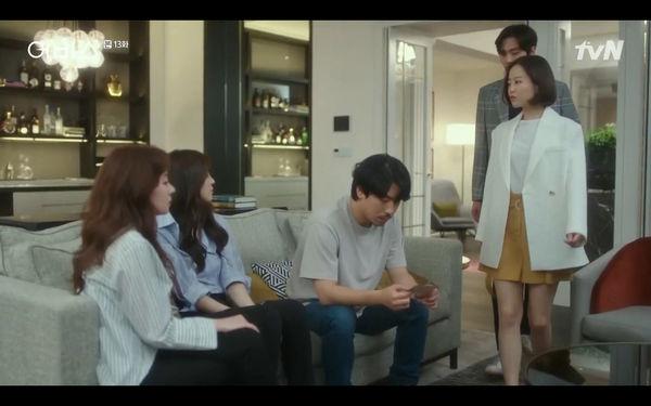 Phim Abyss tập 13-14: Ahn Hyo Seop lại hồi sinh ác nhân, đau khổ khi Park Bo Young bị nhốt trong phòng băng đến chết - Hình 8