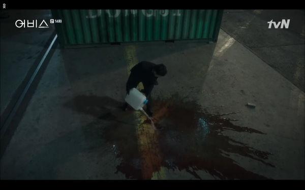 Phim Abyss tập 13-14: Ahn Hyo Seop lại hồi sinh ác nhân, đau khổ khi Park Bo Young bị nhốt trong phòng băng đến chết - Hình 70