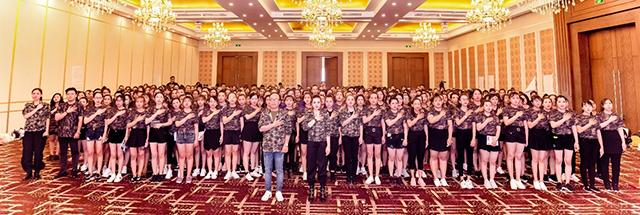 Queenie Group tổ chức khóa training ấn tượng với chủ đề Dont Say Just Do It - Hình 5