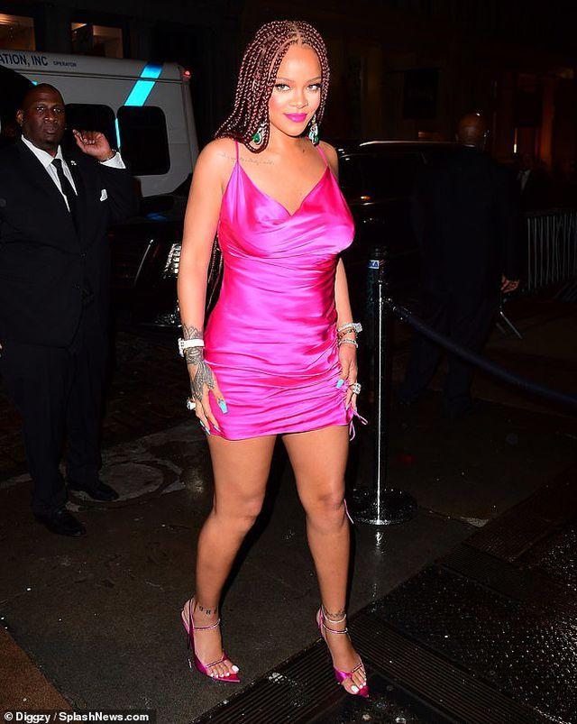 Rihanna tăng cân vẫn xinh đẹp - Hình 6