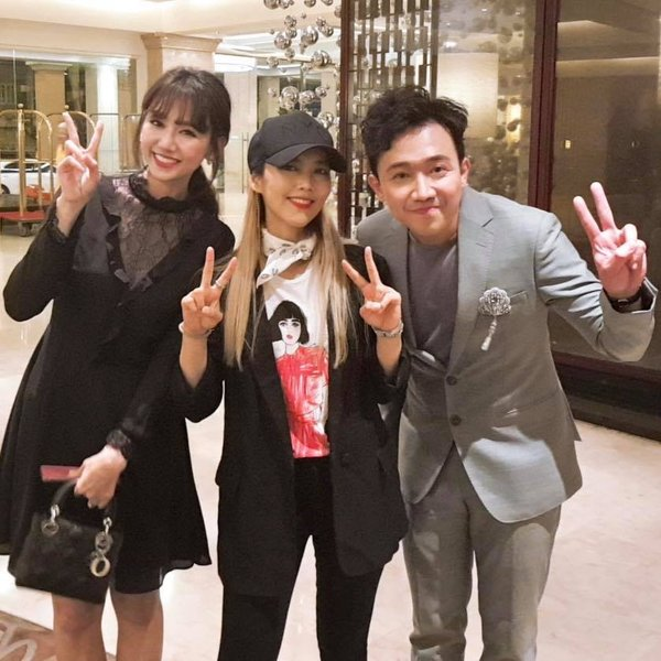 Tấm hình chụp chung của Hari Won và 'báu vật Hàn Quốc' tại sân bay bất ngờ được netizen Việt - Hàn chú ý, truyền tay rầm rộ - Hình 4