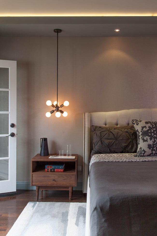 Thử mà xem, phòng ngủ nhà bạn sẽ đẹp bội phần nhờ đèn thả trang trí - Hình 16