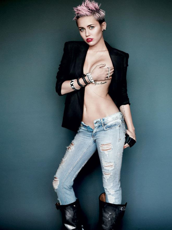 Miley Cyrus: Nàng công chúa Disney chinh phục cả thế giới và chàng hoàng tử đời mình bằng cái điên bản năng - Hình 5