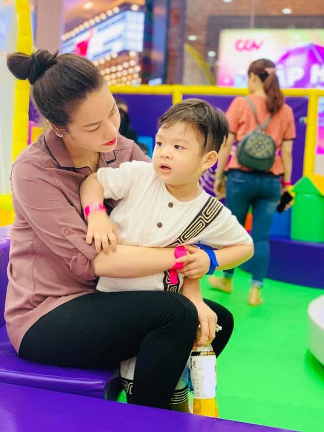 Phỏng vấn độc quyền Nhật Kim Anh: Tôi ly hôn được gần 3 năm, hiện đang bị chồng cản trở việc gặp con! - Hình 3