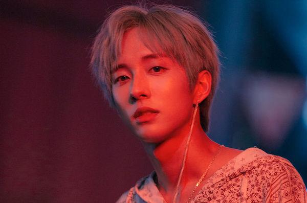 8 nghệ sĩ Hàn Quốc thuộc cộng đồng LGBT - Hình 4