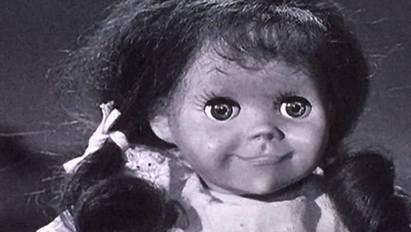 Annabelle v. Chucky: Cuộc đối đầu của hai búp bê ma hãi hùng trên màn ảnh rộng tháng 6 - Hình 1