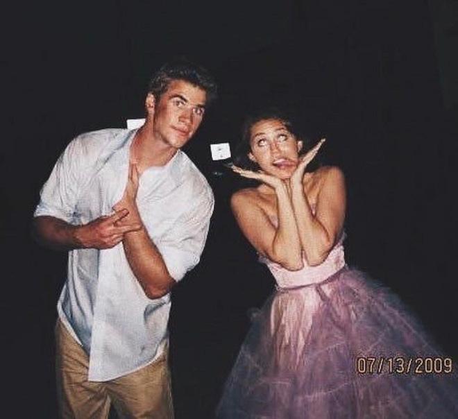 Cặp đôi vàng của làng Instagram Liam và Miley Cyrus: Khiến cả thế giới ghen tị vì quá tình, quậy hết phần thiên hạ - Hình 6