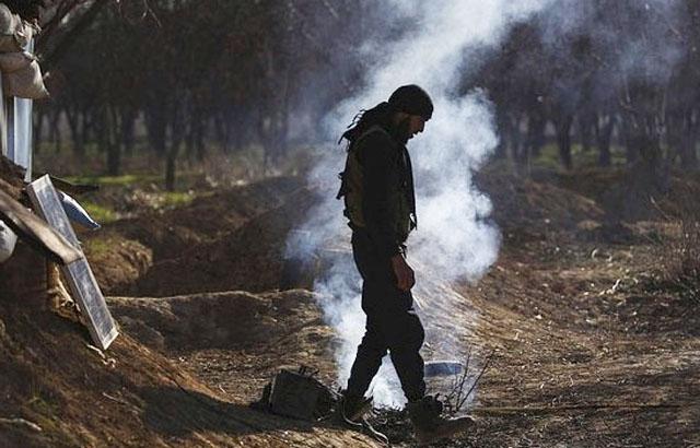 Đại chiến Syria : Giao tranh với quân đội Syria, phiến quân chết la liệt - Hình 1
