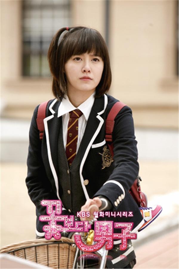 Fan girl nào đã từng điên đảo với 3 bộ phim Hàn này thì giờ chắc cũng làm vợ, làm mẹ cả rồi - Hình 3