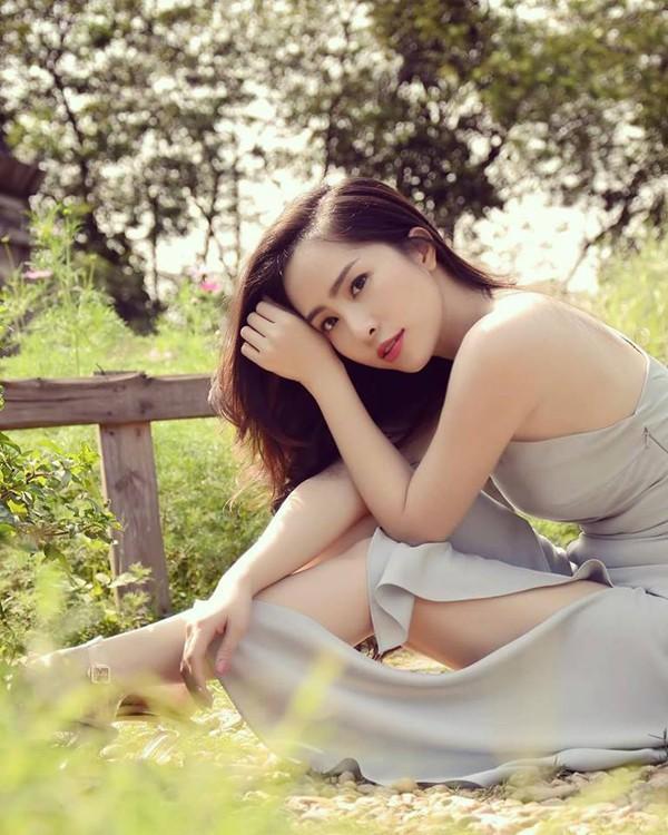 Nhan sắc cô gái bị đồn liên quan đến chuyện diễn viên Việt Anh ly hôn vợ trẻ - Hình 9