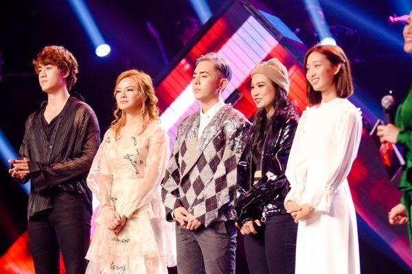 The Voice 2019: So sánh 3 chiến binh còn lại, ai mới thực sự là ngựa chiến team Hồ Hoài Anh? - Hình 1