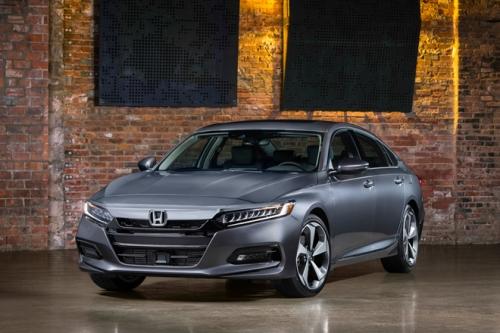 Với những tính năng này Honda Accord 2019 có đáng 'đồng tiền bát gạo'? - Hình 1