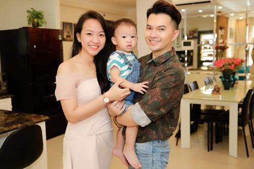 Nam Cường: Vợ trách tôi mải chạy show dù con mới sinh - Hình 2