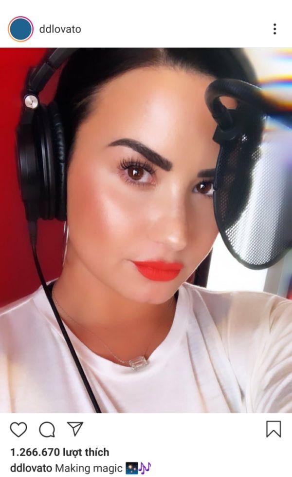 Demi Lovato và Christina Aguilera thả thính nhau về ca khúc mới: Sẽ có một cú bắt tay đáng giá giữa hai cô nàng giọng khủng? - Hình 1