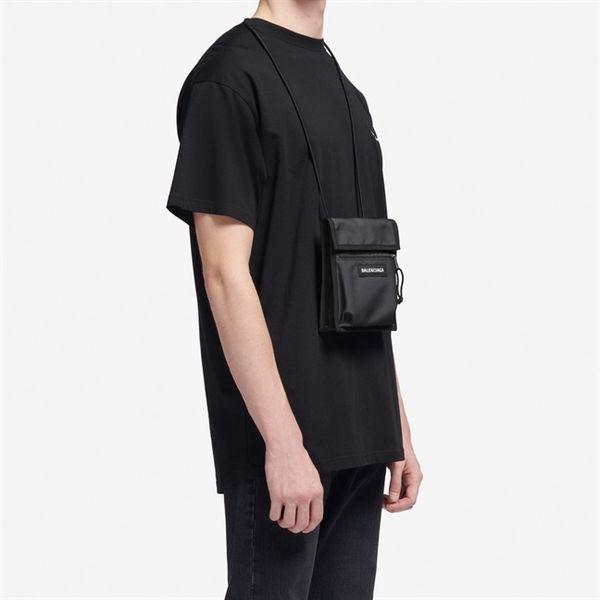 Necklace bag - túi đeo cổ hứa hẹn sẽ trở thành xu hướng thời trang mới trong mùa mốt 2019 - Hình 11